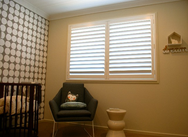 Durable Design PVC Plastic Blade Plantation Shutters Interior